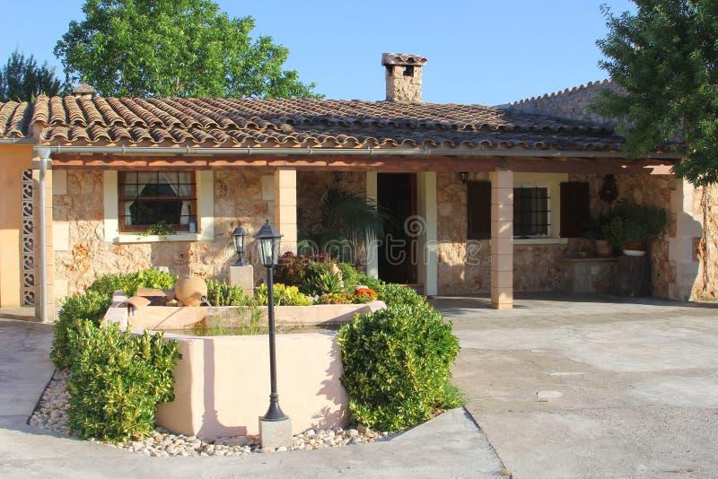 Luxe Mediterraan losgemaakt huis, Mallorca, Spanje stock foto's