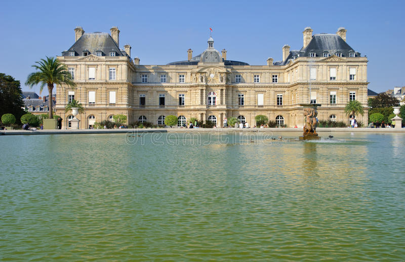 Download Luxembourg Palace in Paris stock photo. Image of jardin - 18122408