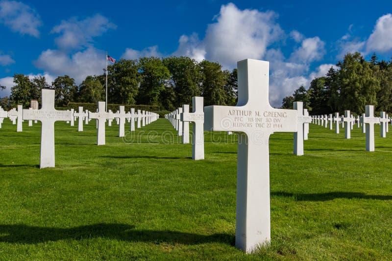 LUXEMBURG - 8 augustus, 2014 - wordt meer dan 5.000 Amerikanen begraven in de Amerikaanse Begraafplaats van Luxemburg met inbegri stock foto