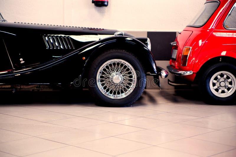 Luxesportwagens stock afbeeldingen