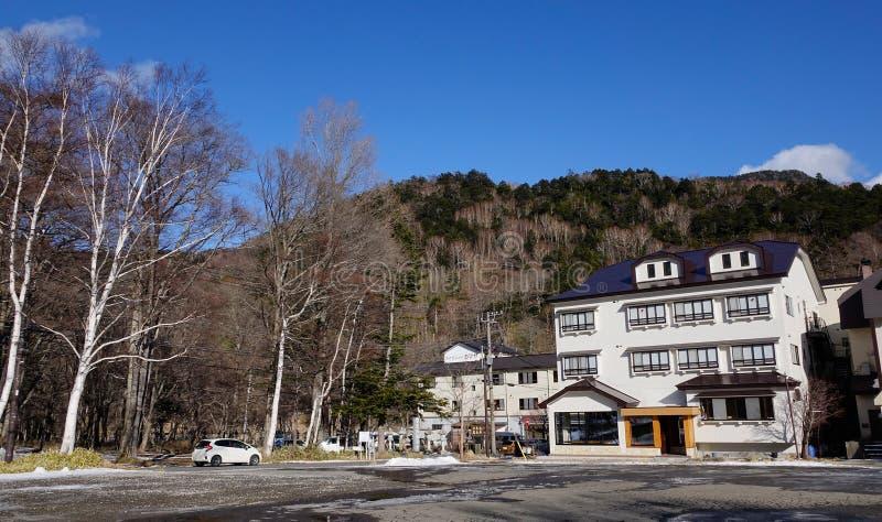 Luxetoevlucht in Yumoto Onsen bij de winter in Nikko, Japan stock afbeelding