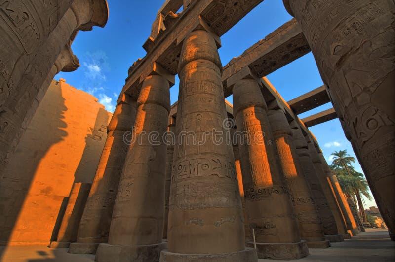 luxor för karnak för egypt stort korridorhypostle tempel arkivfoto