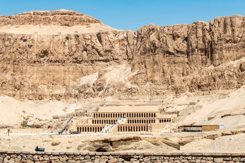 Luxor ?gypten 18 05 2018 der antike Tempel des weiblichen pharao Hatchepsut nahe Luxor in ?gypten stockfotografie