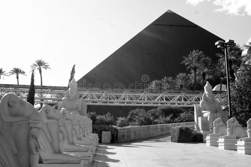 Download Luxor Hotel - Las Vegas editorial stock photo. Image of pyramid - 12632303