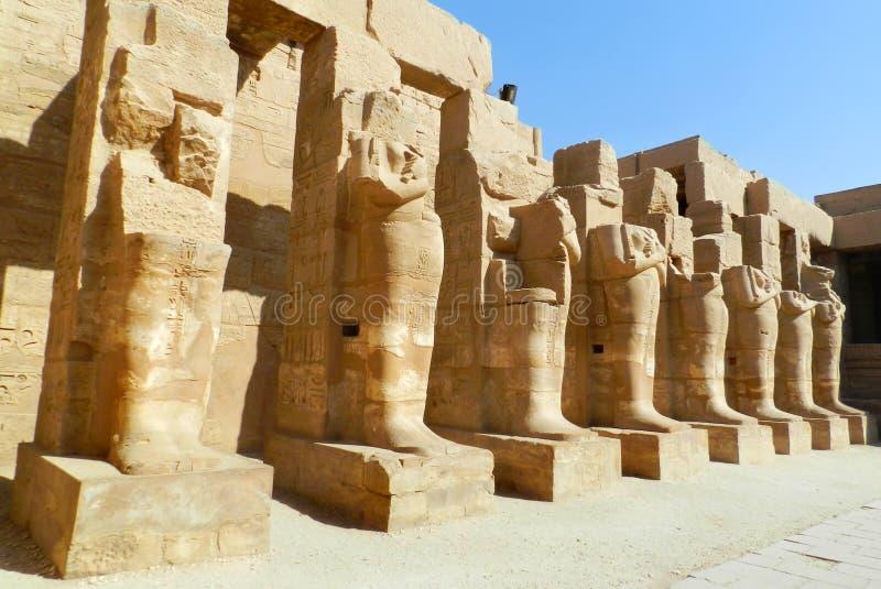 Luxor Karnak tempel i Egypten arkivbilder