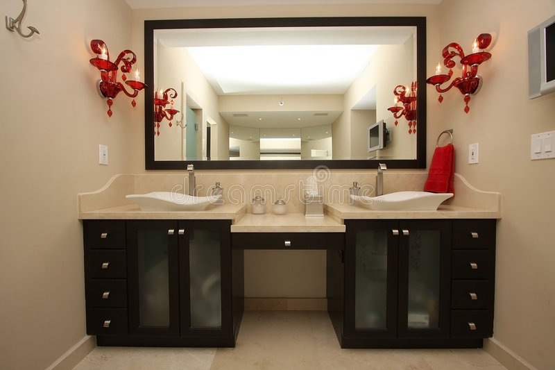 Luxueuze badkamersdetails royalty-vrije stock afbeelding