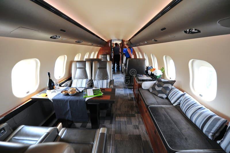 Luxueuze binnenlands van Bombardier Globale uitvoerende straal 6000 in Singapore Airshow stock fotografie