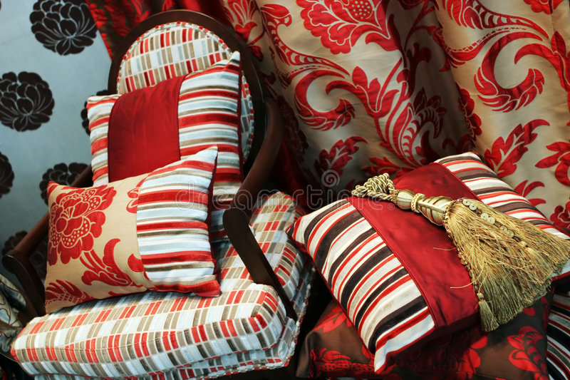 Luxueuze rode stoel stock afbeelding