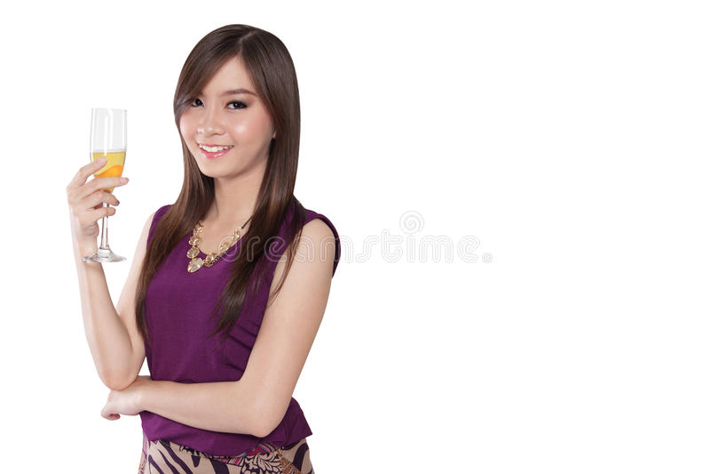 Luxueuze vrouw met aardige glimlach, op wit met copyspace stock fotografie