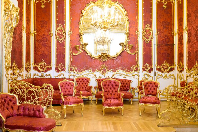 Luxueuze zaal in een paleis stock fotografie