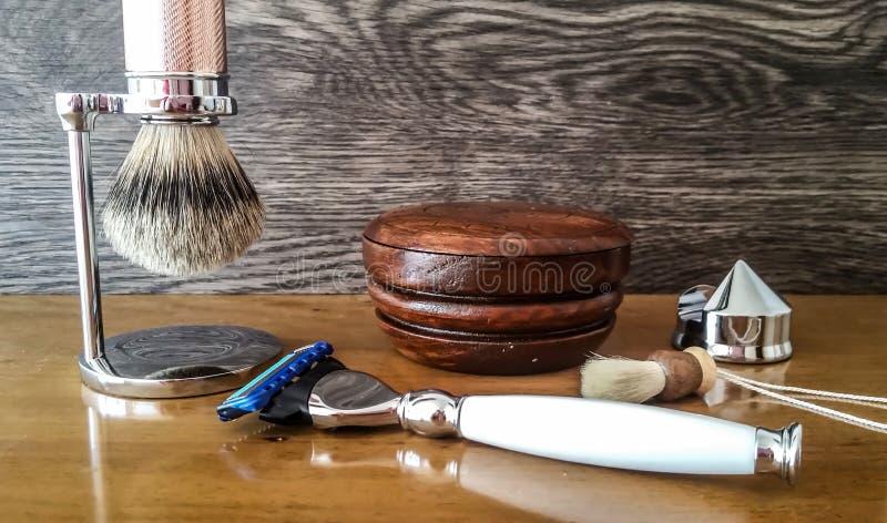` Luxuoso s dos homens que barbeia acessórios foto de stock