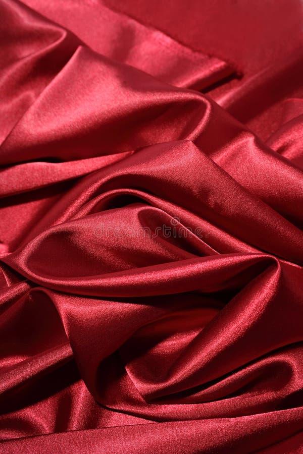 Luxuriöse rote Seide stockbilder
