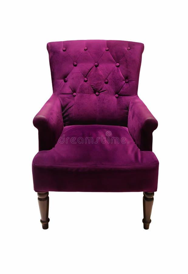 Luxuriöser purpurroter Lehnsessel der Weinlese, Couch lokalisiert auf weißem Hintergrund stockbild
