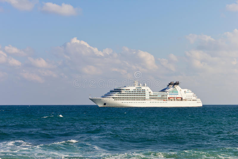 Download Luxury cruise liner editorial photo. Image of beach, blue - 26628946