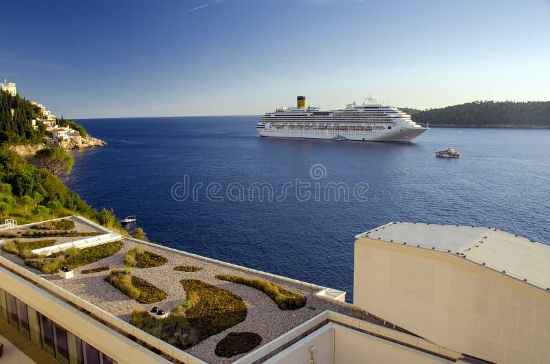 Download Luxury cruise ship editorial image. Image of cruise, dock - 30616745