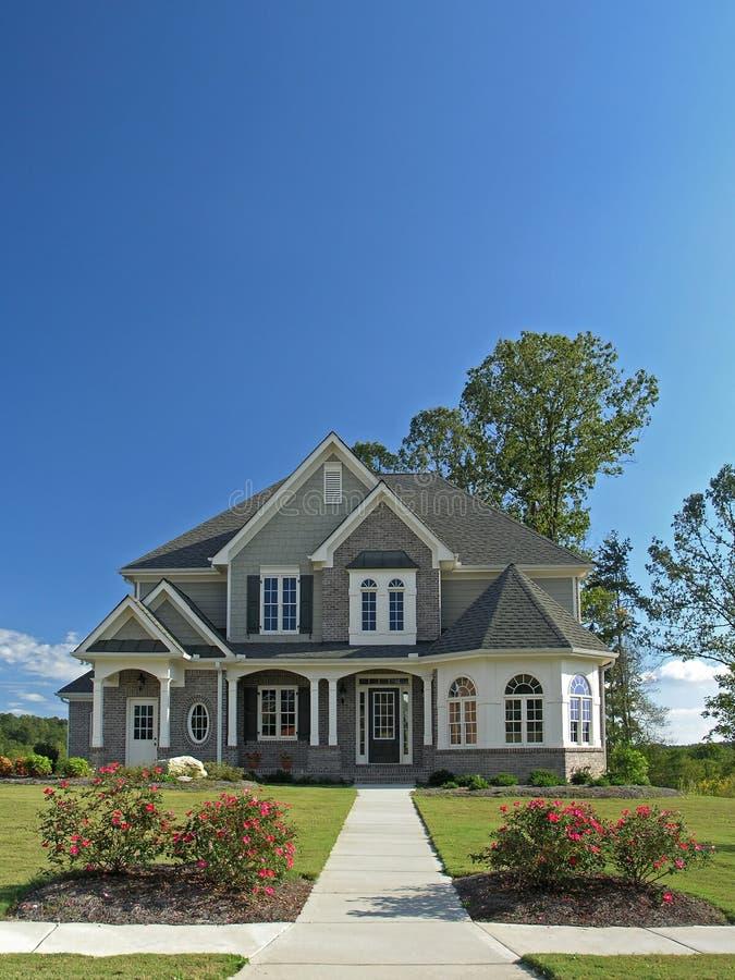 Free Luxury Home Exterior 55 Stock Photo - 3447400