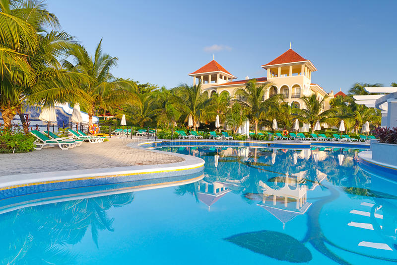 Download Luxury Tropical Resort In Mexico Stock Photo - Image of color, blue: 24410158
