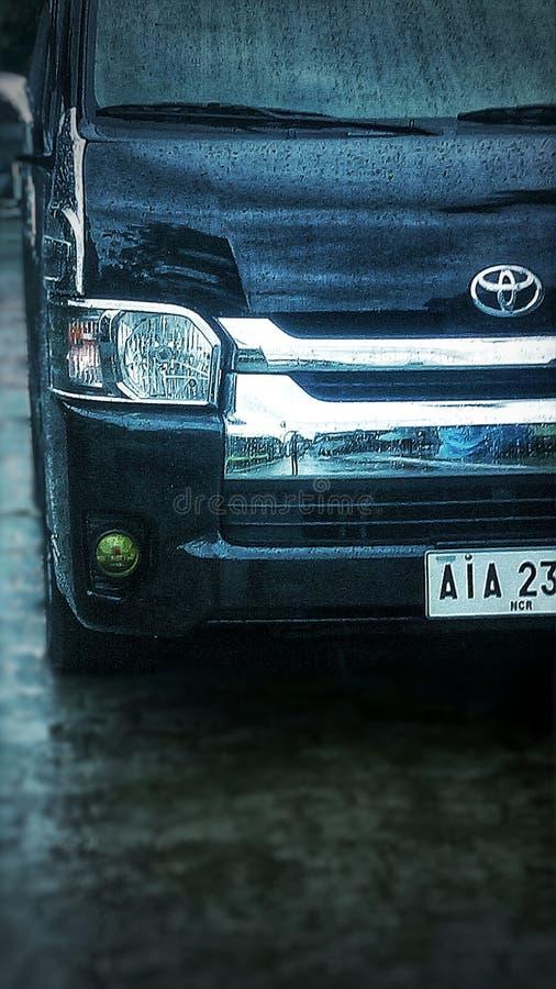 Luxury Van On Rain στοκ εικόνες
