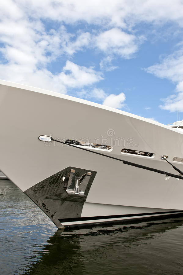 Download Luxury Yacht Royalty Free Stock Image - Image: 16871956