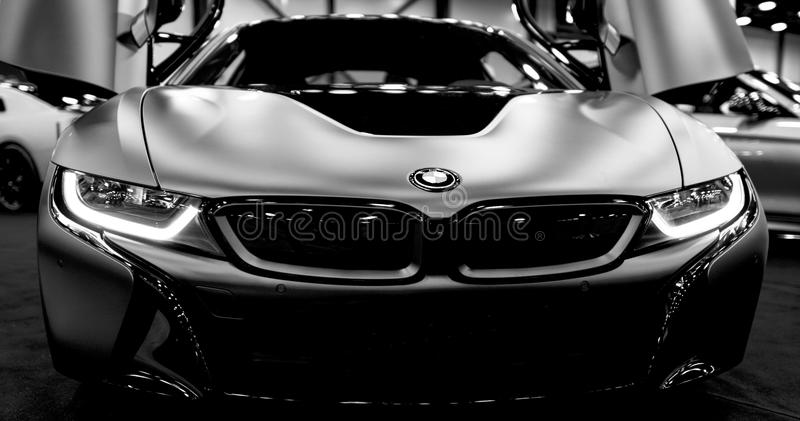 Luxus-hybrides elektrisches Coupé BMWs i8 Hybrider EinsteckSportwagen Konzeptelektro-mobil Rebecca 6 Autoäußerdetails stockfoto