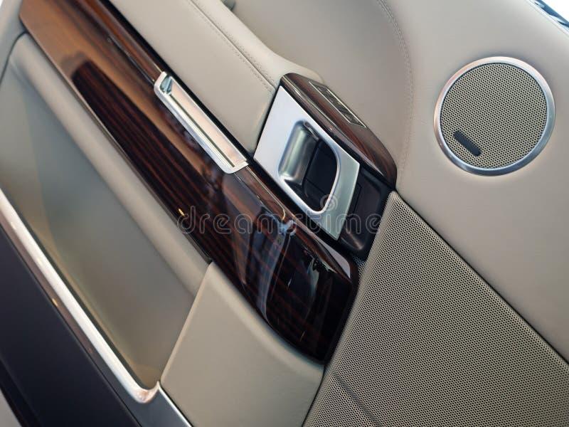 Luxus-SUV-Innenraum lizenzfreie stockfotos
