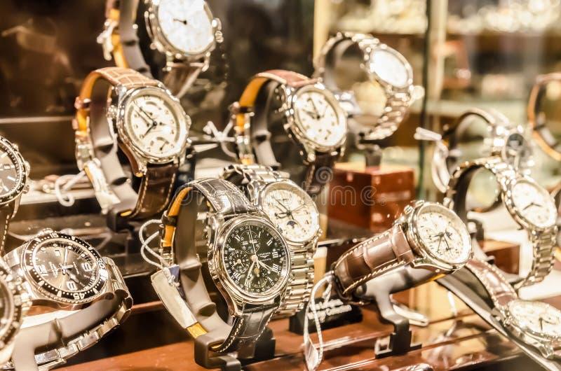Luxus-Uhren lizenzfreie stockfotografie