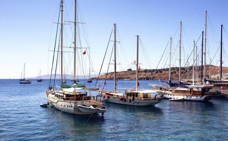 Luxus yachts Segelboote stockbilder