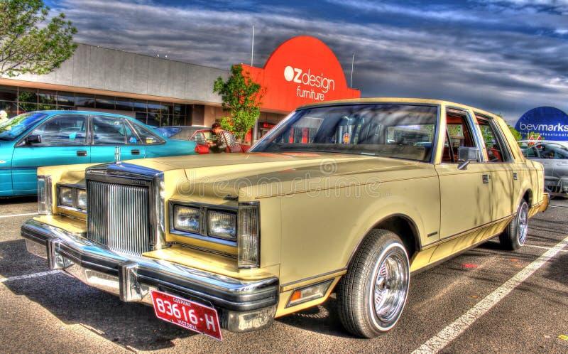 Luxusachtziger jahre Amerikaner Ford Lincoln Town Car lizenzfreie stockfotografie