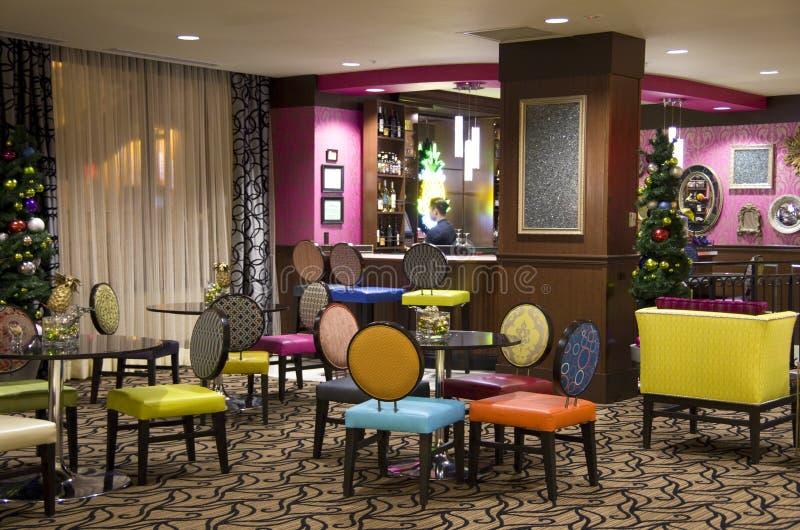 Luxushotellobby bar stockbild