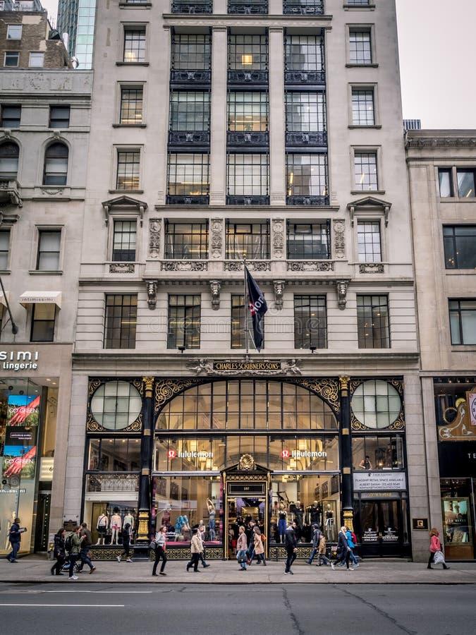 Luxusläden, 5. Allee, New York City lizenzfreie stockfotos