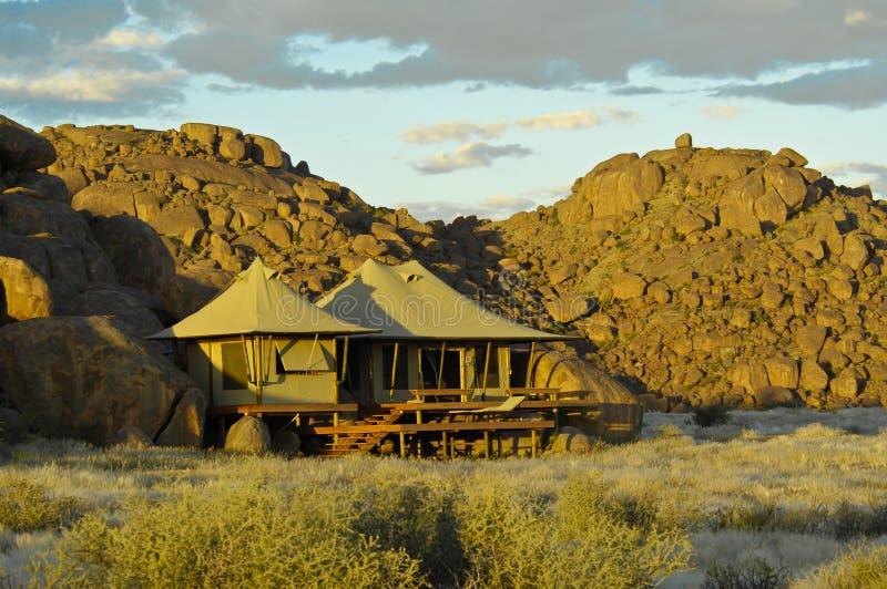 Luxussafarilager Namibia stockfotos