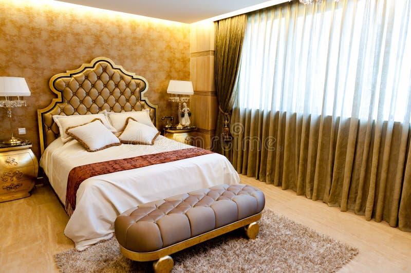 Luxusschlafzimmer lizenzfreies stockbild