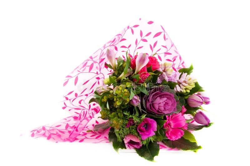 Luxuxblumenstrauß der rosafarbenen Blumen lizenzfreie stockbilder