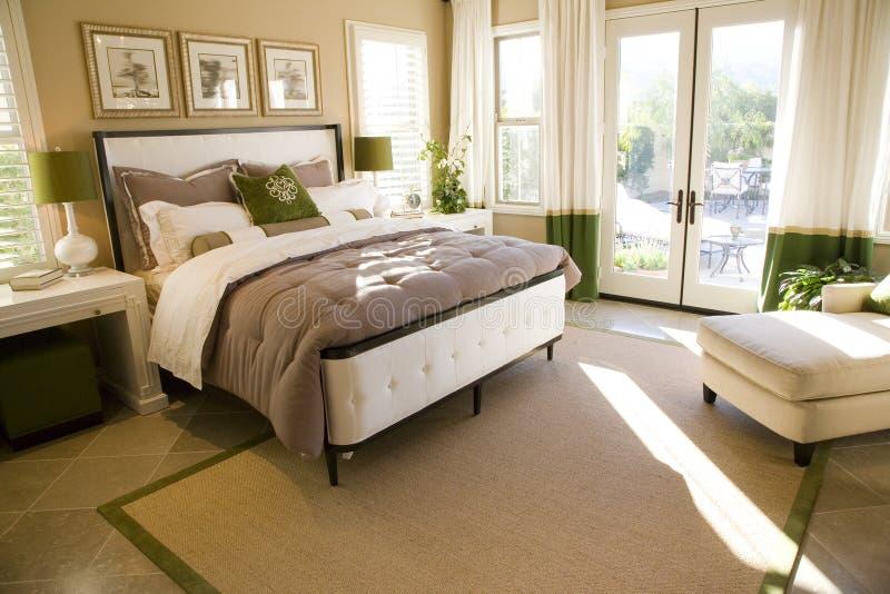 Luxuxhauptschlafzimmer lizenzfreie stockfotos