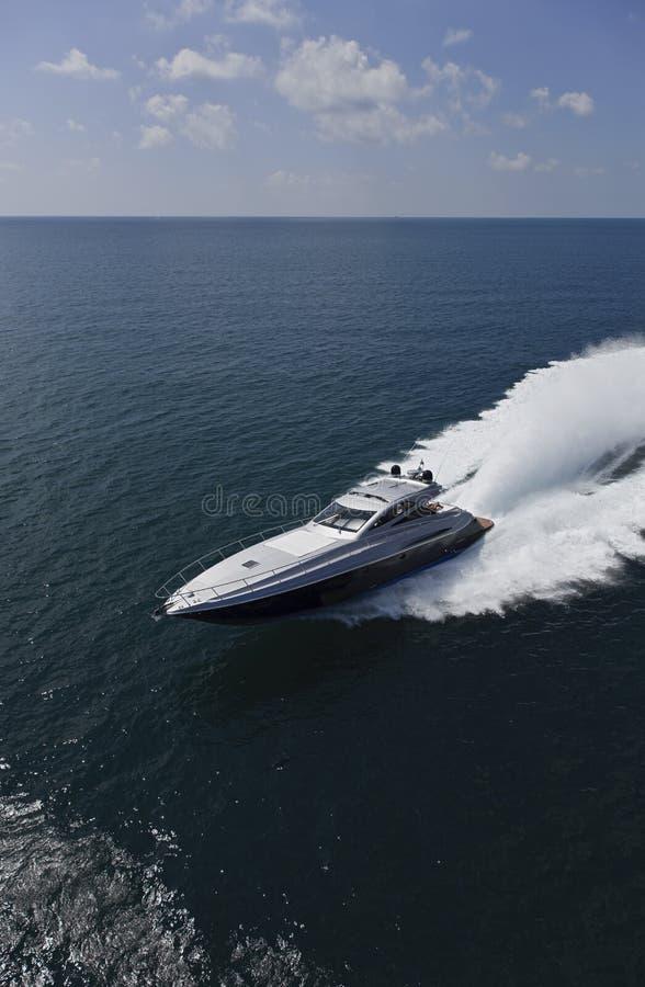Luxuxyacht Alfamarine 60 ' lizenzfreie stockbilder