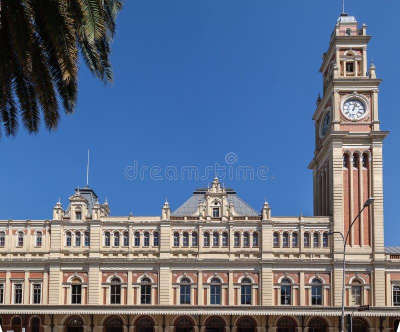 luz τραίνο πύργων σταθμών στοκ εικόνα με δικαίωμα ελεύθερης χρήσης