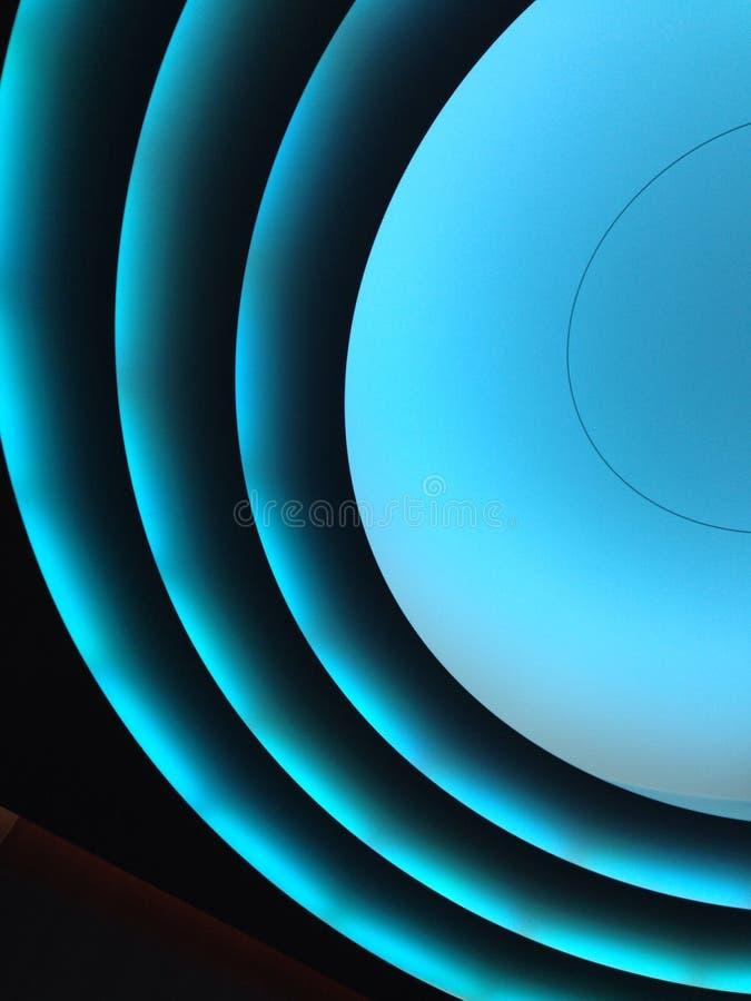 Luz azul em um elevador imagens de stock royalty free