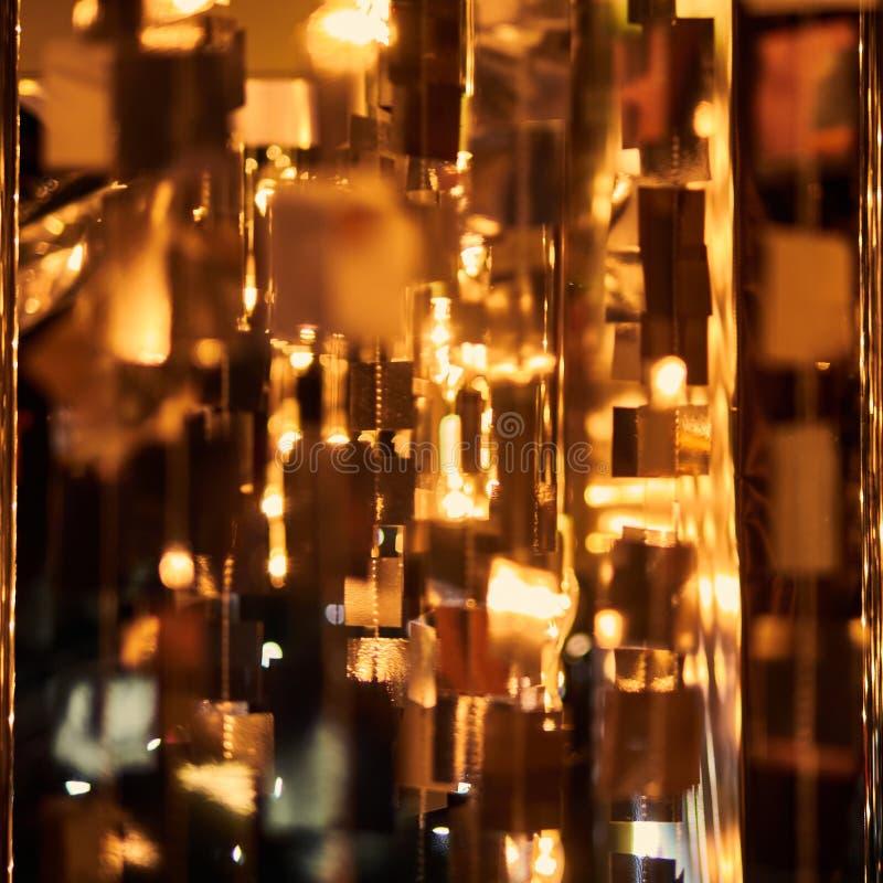 Luz brillante roja defocused borrosa Llamarada de la lente Puntos brillantes Fondo oscuro foto de archivo