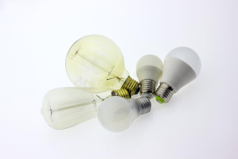 Luz de la lámpara de la bombilla foto de archivo libre de regalías
