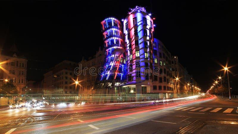 Luz de la noche en Praga, casa de baile imagen de archivo libre de regalías