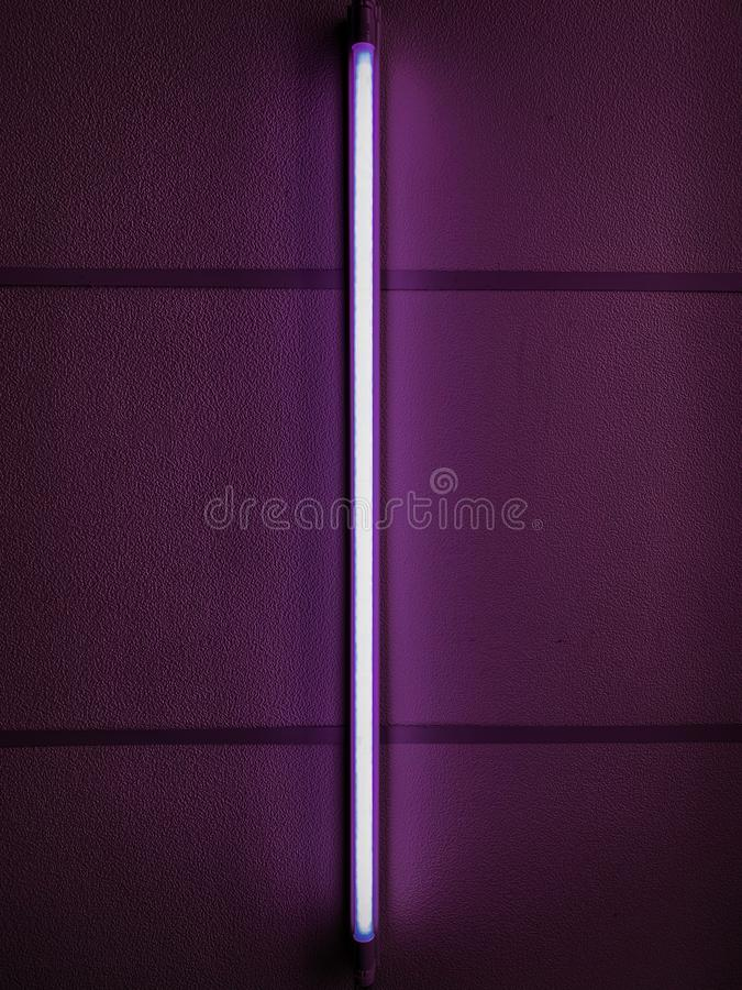 Luz de neón púrpura foto de archivo
