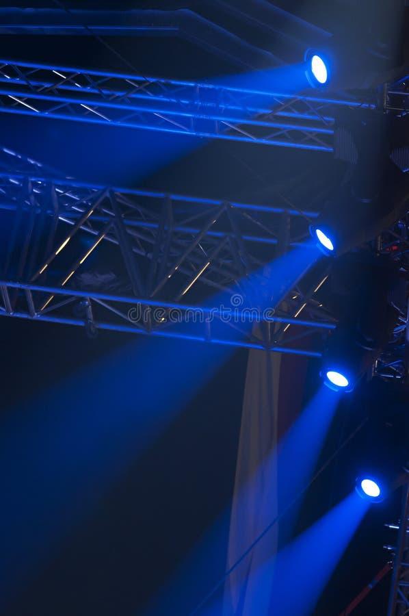 Luz del azul del concierto imagenes de archivo
