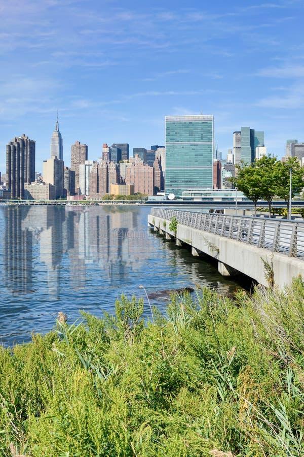 Luz del día del panorama de Nueva York fotografía de archivo libre de regalías