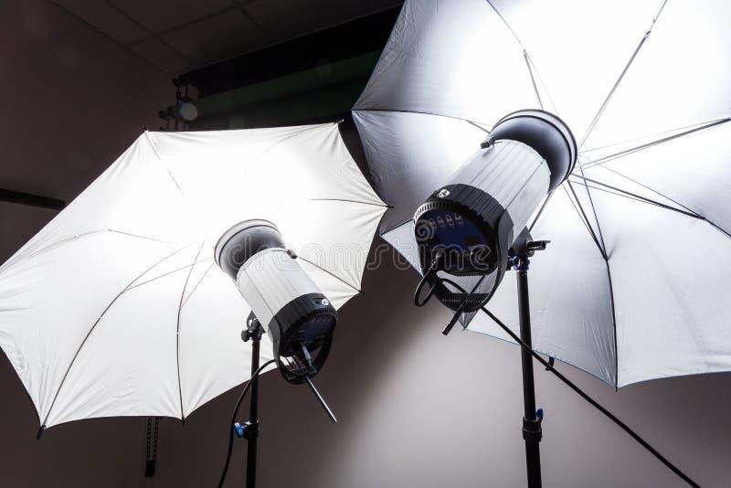 Luz del estudio para la fotografía imágenes de archivo libres de regalías