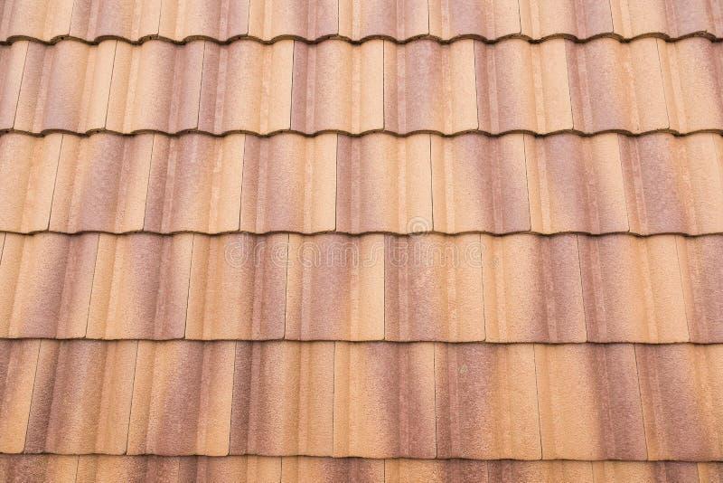 Luz del sol de las tejas y del cielo de tejado imagen de archivo libre de regalías