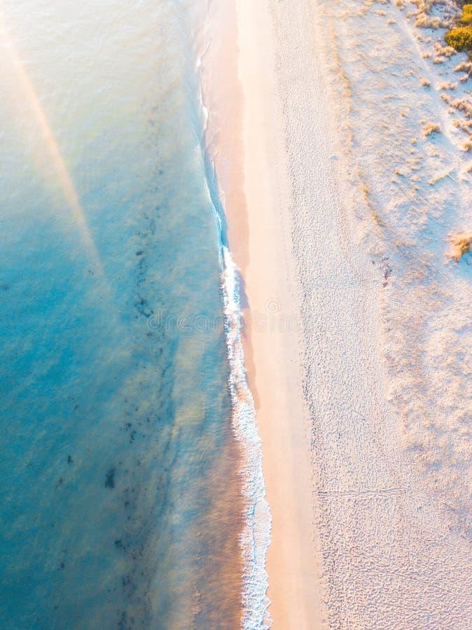 Luz del sol en la playa fotografía de archivo