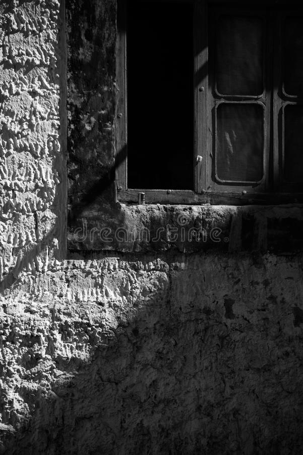 Luz e janela da sombra foto de stock royalty free