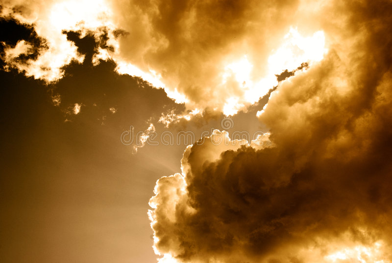 Luz e nuvens fotografia de stock royalty free