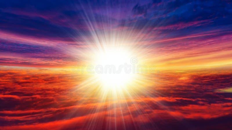 Luz en cielo oscuro Nube hermosa foto de archivo