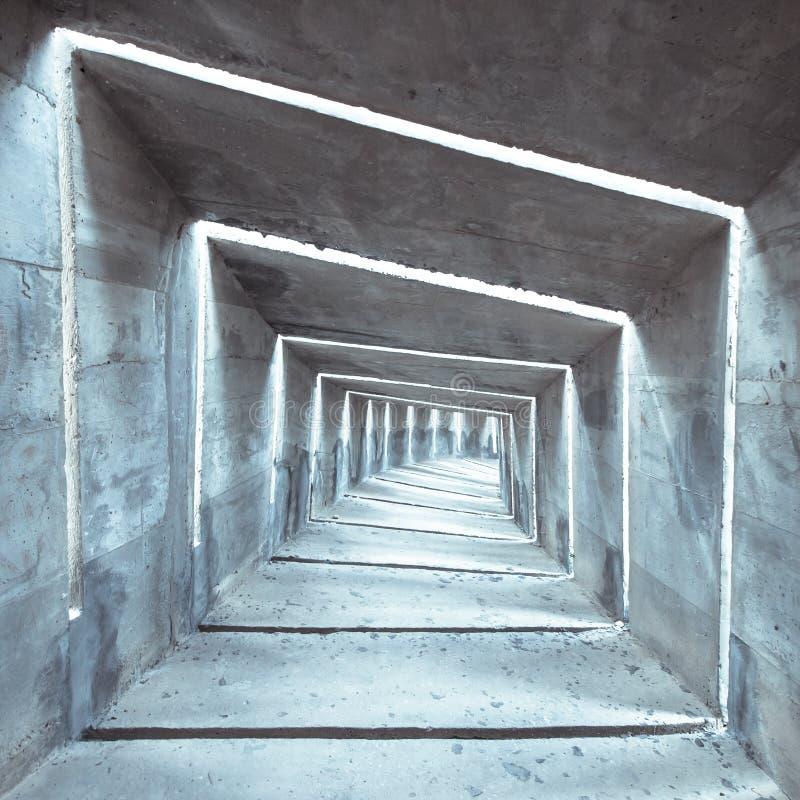 Download Luz En El Extremo Del T?nel Imagen de archivo - Imagen de extracto, concreto: 41921399